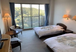真鶴ホテル洋室