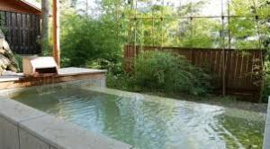 箱根高級温泉旅館客室露天風呂