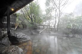 黒川温泉温泉旅館風情ある露天風呂