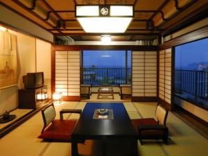 熱海温泉客室